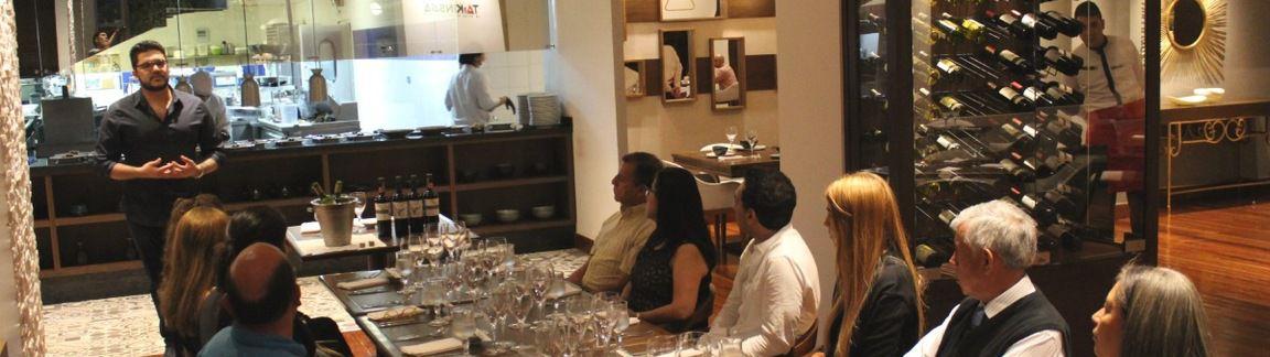 La Experiencia De Una Cata De Vinos En Un Restaurante De Bucaramanga
