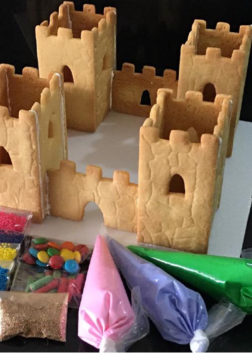 Decora un castillo medieval de galleta