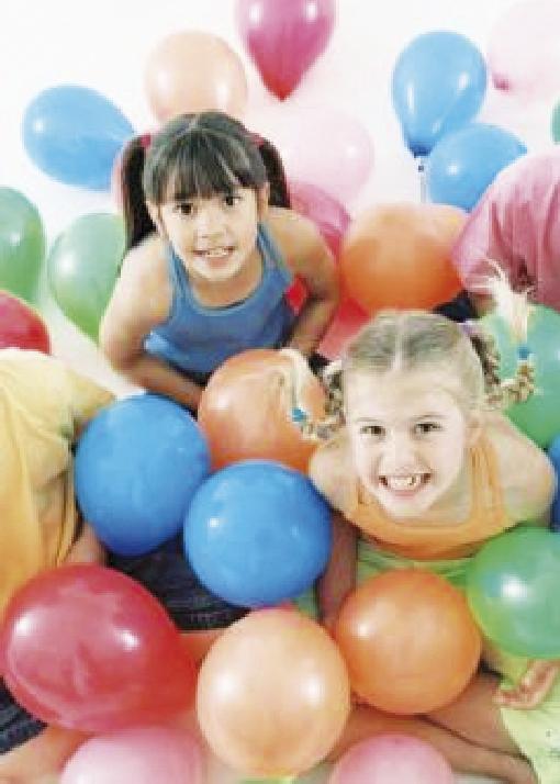 Diviértete armando figuras con globos